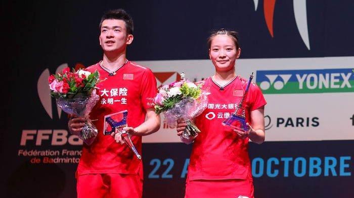 Zheng Si Wei/Huang Ya Qiong yang merupakan ganda campuran asal Tiongkok ini memang layak jadi pasangan kaya.