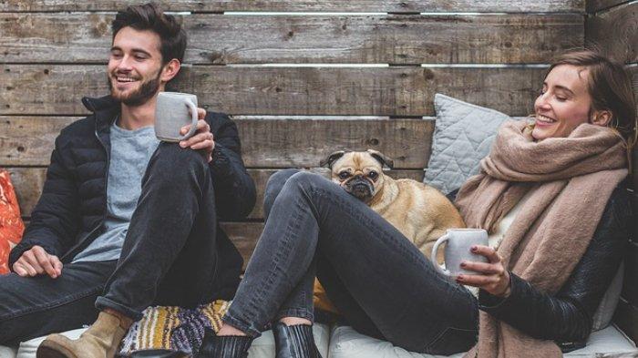 zodiak-chilling-couple.jpg