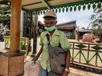 Kisah Trenyuh Kakek 80 Tahun Tawarkan Jasa Timbang Berat Badan Keliling, Terima Uang Seikhlasnya