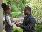 5 Tayangan Mengharukan Tentang Keluarga di Netflix, Ali & Ratu Ratu Queens hingga Fatherhood