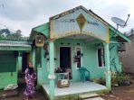 Kerajaan-Angling-Dharma-Rumah-warga-yang-dibangun-oleh-Baginda-Jamaludin.jpg