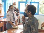 Tinjau Pelaksanaan PTM di Solo, Nadiem Makarim: Mas Gibran Sangat Pro Pembelajaran Tatap Muka