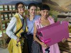 Netflix Akan Segera Hadirkan Film Misteri Indonesia Karya Nia Dinata, A World Without