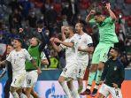 Para-pemain-Italia-merayakan-kemenangan.jpg