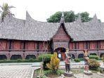 Museum Rumah Adat Baanjuang Bukittinggi