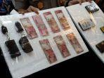 barang-bukti-dari-empat-mucikari-kawin-kontrak-yang-ditangkap-polisi.jpg