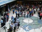 ilustrasi-petugas-transportation-security-administration-tsa-atau-bagian-keamanan-bandara.jpg