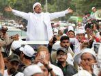 imam-besar-front-pembela-islam-fpi-habib-rizieq-menyapa-ribuan-anggota-fpi-diiringi-salawat.jpg