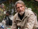Gantikan Johnny Depp di Fantastic Beasts 3, Mads Mikkelsen Mengaku Harus Punya 'Jembatan' Karakter