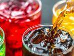 minuman-tinggi-gula-seperti-soda-bisa-menjadi-pemicu-risiko-kanker.jpg