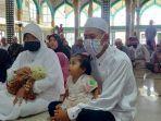 satu-keluarga-di-aceh-masuk-islam.jpg