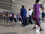 suasana-di-bandara-internasional-sultan-hasanuddin-makassar-selasa-27102020.jpg