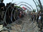 Buruh Gelar Unjuk Rasa Tolak UU Cipta Kerja di Depan Gedung MK dan Istana Kepresidenan Hari Ini