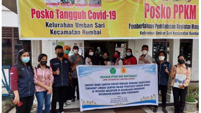 LPPM dan Dosen FH Unilak Kolaborasi, Bantu Masyarakat Umban Sari Lewat Bank Sampah dan Hukum Bisnis