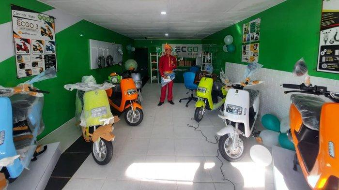 Ramah Lingkungan dan Ramah di Dompet, Motor Listrik ECGO Hadir di Kota Dumai