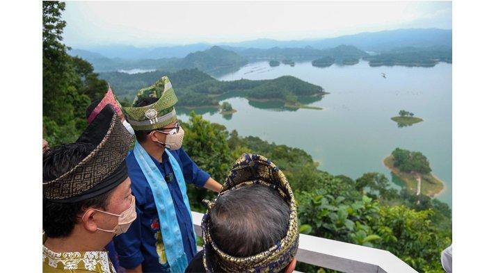 Pengembangan Tempat Wisata dalam Kawasan Hutan Terbentur Aturan, Ini Solusi dari Menteri Sandiaga