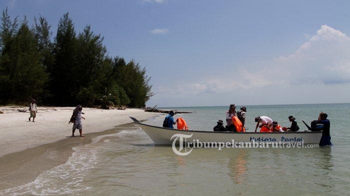 Pesona Pasir Berbisik Beting Aceh, Indahnya Sebanding dengan Gili Trawangan NTB