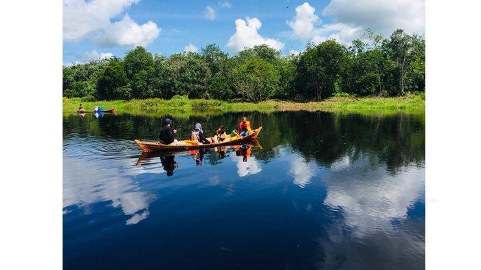 Suasana Masih Alami, Warga Desa Ubah Waduk Jadi Objek Wisata Telaga Air Merah di Kepulauan Meranti