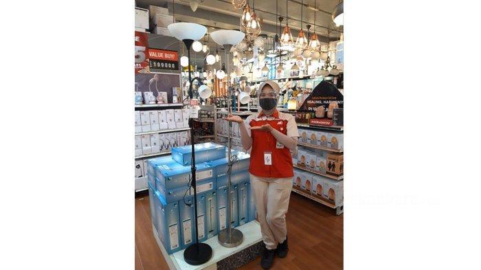 Eglo Up 2 Lampu Lantai Hadir dengan Desain Trendi