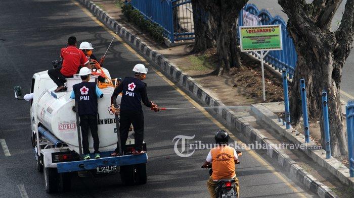 Rangkaian HUT ke-237 Kota Pekanbaru, Ruas Jalan Protokol Disemprot Cairan Disinfektan
