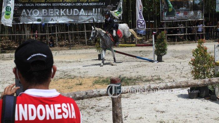 30 Atlet Bekuda Ikuti Show Jumping Competition di Horse Power Tambusai Pekanbaru