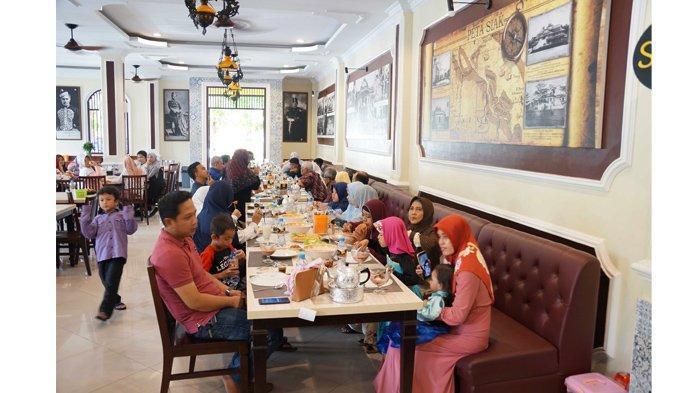 Mengobati Kerinduan Kuliner Khas Melayu Riau di Sultan Resto Pekanbaru