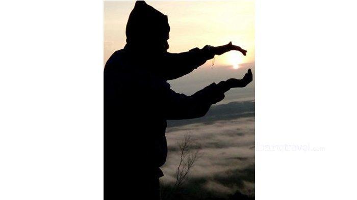 Berburu Sunrise di Puncak Koto Ranah Rohul, Destinasi Wisata Wajib Bagi Pecinta Ketinggian