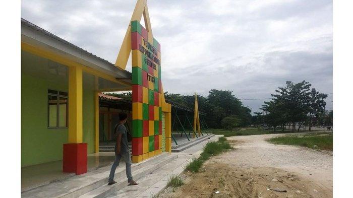 Telah Rampung, Gedung Plaza Pusat Jajanan dan Kuliner Taman Bukit Gelanggang Dumai Akan Difungsikan