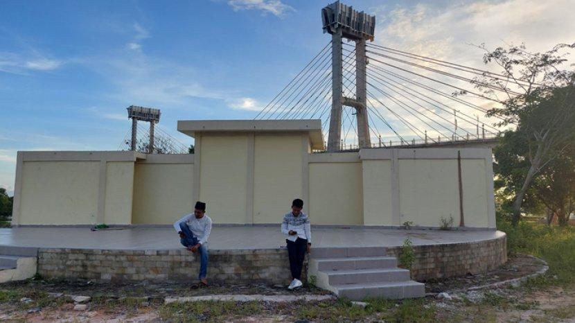 Memprihatinkan, Bangunan Pariwisata di Bawah Jembatan TASL Siak Senilai Rp 2,2 M Tidak Berfungsi