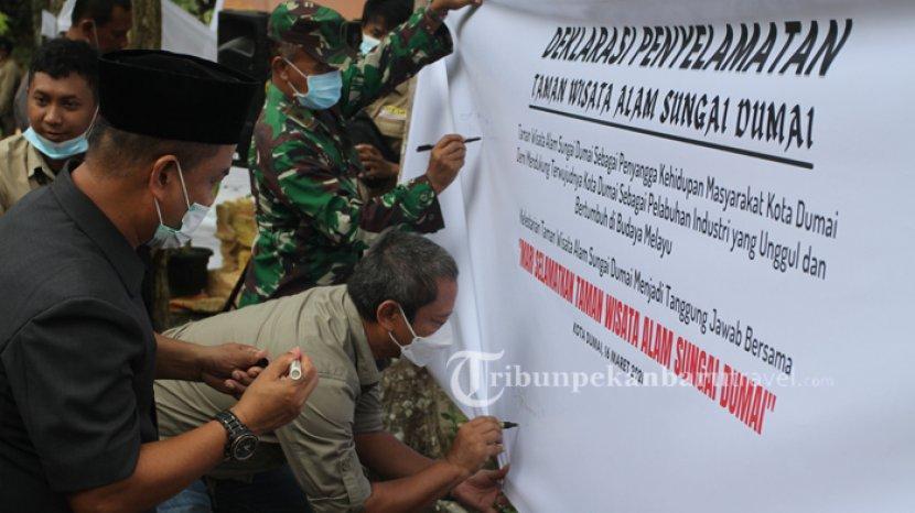 Ingatkan Tentang Aset Kawasan Hutan, BBKSDA Riau Gelar Deklarasi Penyelamatan TWA Sungai Dumai