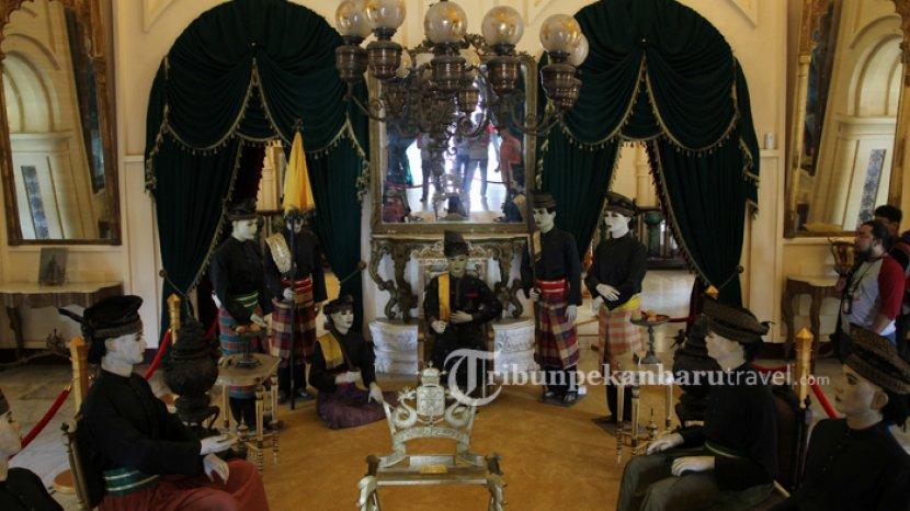 Memiliki Nilai Sejarah Tinggi, Ini 5 Benda Menarik Milik Sultan yang Ada di Istana Siak