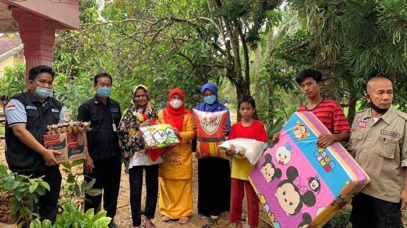 Balai Rumbai Pekanbaru Berikan Paket Bantuan Untuk Korban Bencana Alam di Padang Pariaman