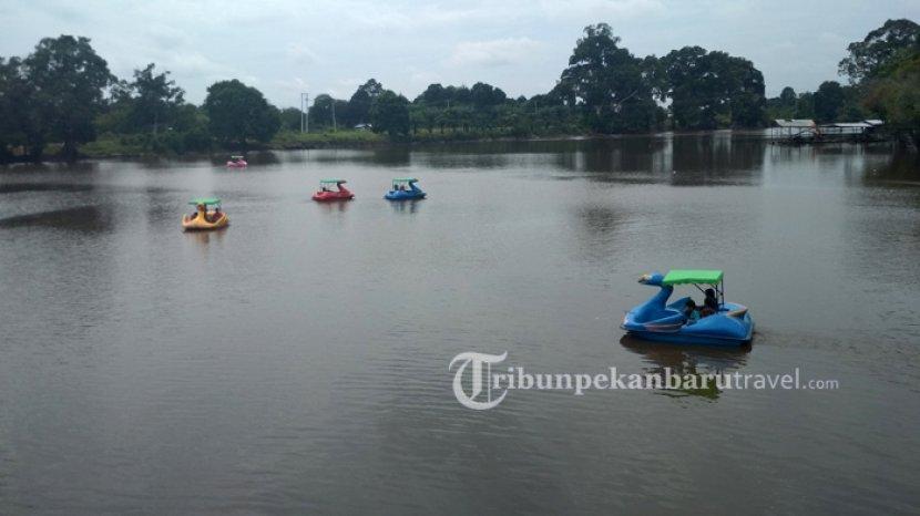 Liburan Seru di Danau Tajwid Pelalawan, Pengunjung Bisa Nikmati Wahana Air dan Outbound