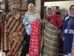 Berbagai-koleksi-Batik-Tabir-Rani-Riau1.jpg
