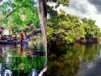 Danau-di-Desa-Buluh-Cina-Kecamatan-Siak-Hulu-Kabupaten-Kampar-Riau.jpg