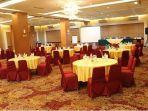 satu-ruang-meeting-di-angkasa-garden-hotel-pekanbaru.jpg