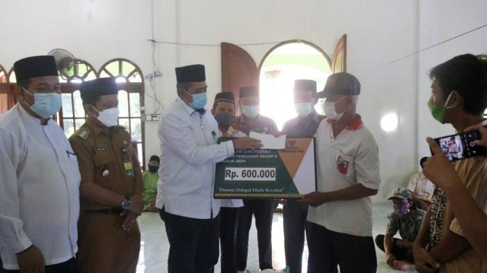1.500 Orang Terima Zakat Konsumtif dari Baznas Siak Riau