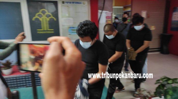 6 Napi Narkoba Riau Dipindahkan Ke Nusakambangan, Ternyata Oknum Pegawai Lapas