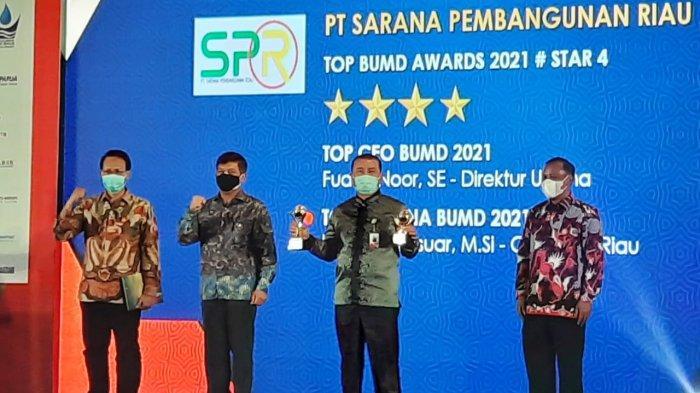 PT Sarana Pembangunan Riau Raih Top BUMD Award 2021