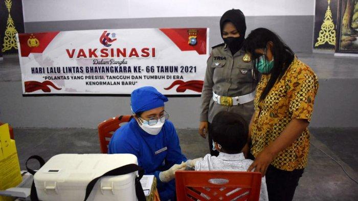 Sambut Hari Lalu Lintas Bhayangkara Ke-66, Satlantas Polresta Pekanbaru Gelar Vaksinasi Khusus Anak