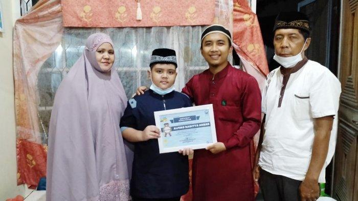 Kisah Alfino Raditya Akbar, Bocah 10 Tahun Donasikan Celengannya Untuk Dhuafa Penghafal Al-Quran