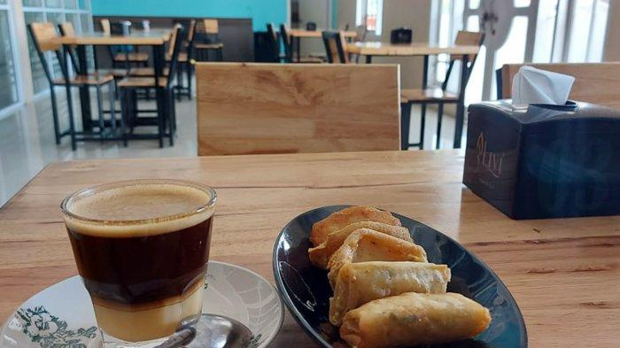 Kopi Telur Ala Vietnam di Tahki Koffie