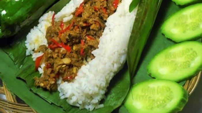 Nasi Bakar Jogja dengan lauk ayam rica-rica