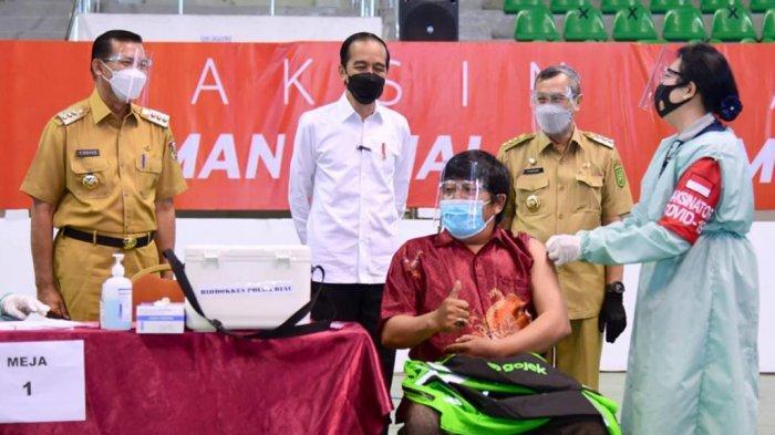 Presiden Jokowi Dodo Tinjau Vaksinasi di Pekanbaru Riau, Ini Harapannya