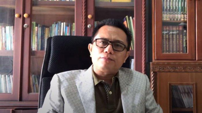 Kemenag RI Resmi Tetapkan Hairunnas Rajab Sebagai Rektor UIN Suska Riau Priode 2021-2025