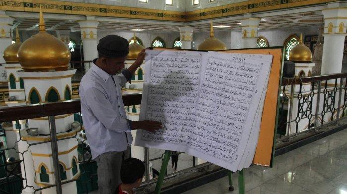 7 Keutamaan Membaca Al-Quran di Bulan Suci Ramadhan