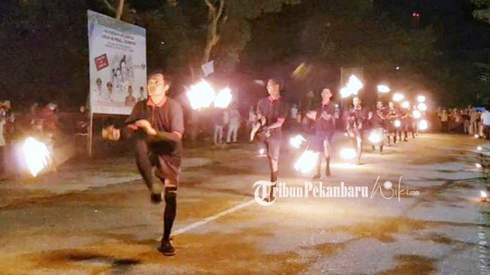 Tarian Api Warnai Pembukaan Festival Lampu Colok di Kepulauan Meranti