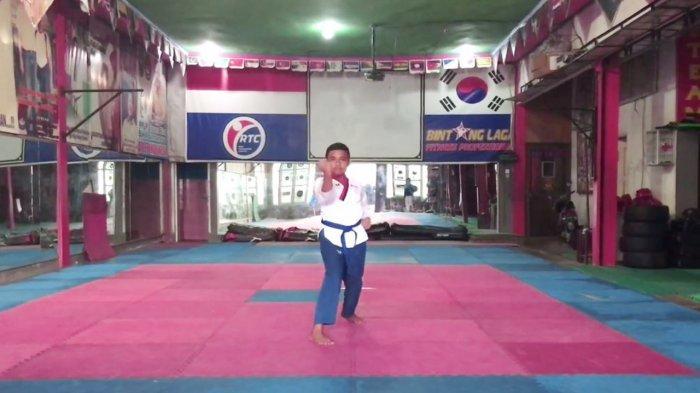 Atlet Taekwondo Junior dari Riau Khaisyar Siregar Raih Medali Perak di Kejurnas 2021