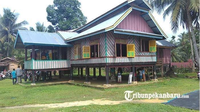 Mengenal Rumah Godang Sentajo di Kenagarian Sentajo Kuansing Riau