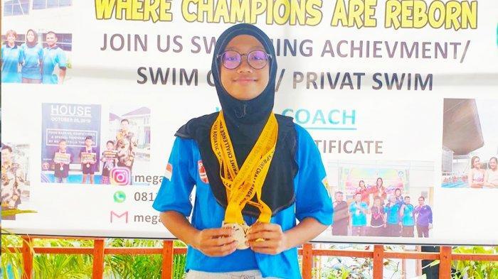 Nazneen Khalfani Amri, Atlet Renang Riau